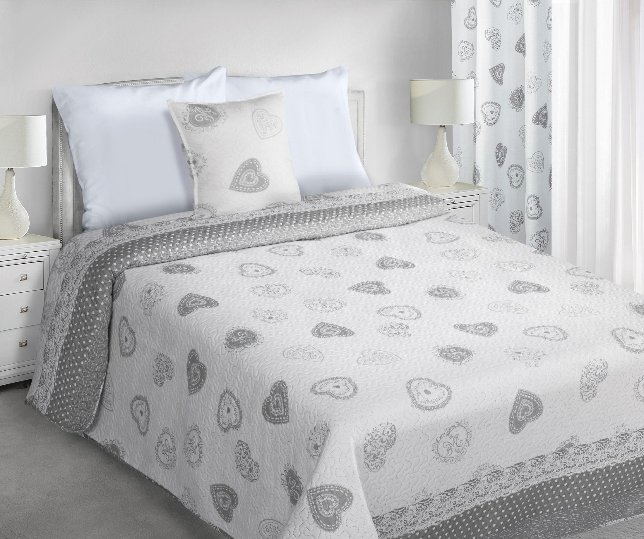 Luxus ágytakaró IZZY 220x240 cm 54ee2cb29c